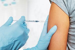 備孕、懷孕接種新冠疫苗為何不同?專家解讀來了