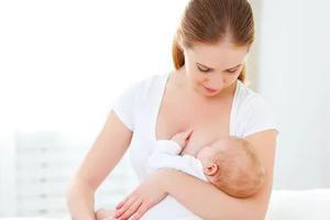 """母乳喂養 你給孩子""""喂""""對了嗎?"""