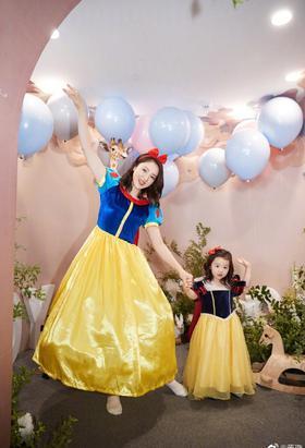 董璇为女儿办三岁生日派对
