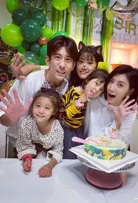 贾静雯一家为咘咘庆祝5岁生日