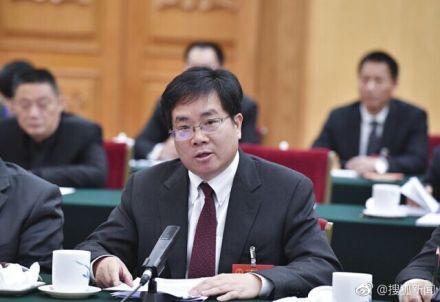 全国人大代表、贝达药业股份有限公司董事长丁列明