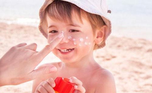 儿童可以涂防晒霜吗?可以涂但注意事项更多龙游四海 侯龙涛