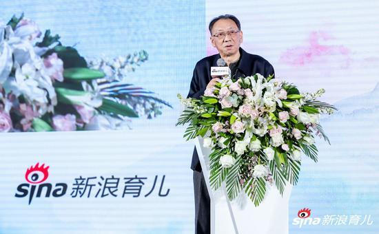 中国关心下一代工作委员会副秘书长,儿童发展研究中心主任 张侃