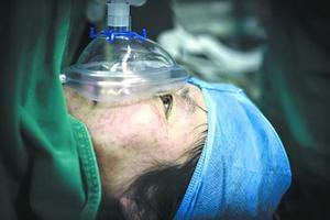 48岁产妇诞下龙凤胎:独子在天津爆炸中牺牲