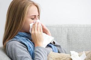 一来大姨妈就感冒 五大调理方法预防经期感冒