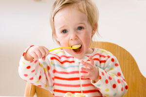想要宝宝变得更聪明 多补充五种营养素