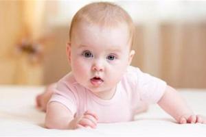 宝宝频繁的咳嗽,不见好转需要怎样护理?