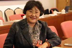 政协委员:提高幼教地位待遇 让他们有职业自豪感