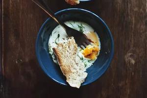 这2种鸡蛋的吃法,儿童最不宜,再不看就晚了