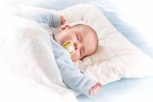 宝宝出生时的重量,决定了以后智商,越胖越聪明?