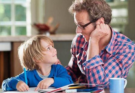 家长如何爱孩子 孩子更愿意与父母沟通第1张