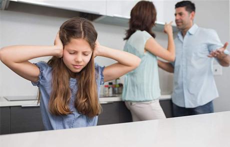 夫妻长期争吵 孩童大脑易萎缩记忆力衰