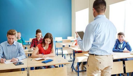 调查显示:超过九成受访大学生认为师生关系融洽