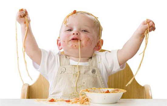 宝宝抓饭吃中隐藏的智慧