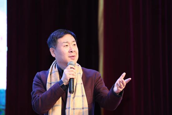 中国有名朗诵艺术家詹泽