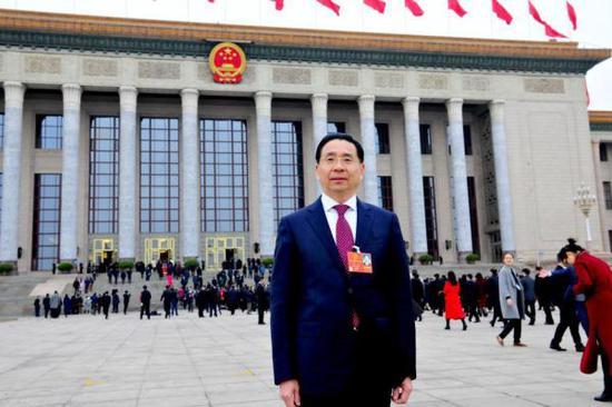 全国人大代表、中国移动浙江公司党委书记、董事长、总经理郑杰