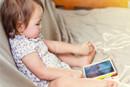 孩子频繁使用智能手机会影响大脑发育
