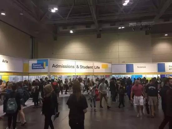 从加拿大大学展看申请加拿大大学的几个关键点
