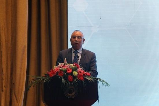 华东理工大学副校长吴柏钧教授代表主办方致辞