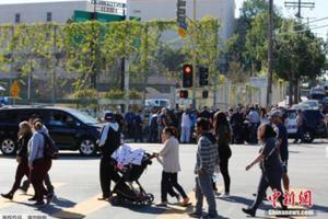 美洛杉矶教师罢工第3天 工会与学区未取得进展
