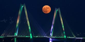 我把银川最美的超级月亮给你
