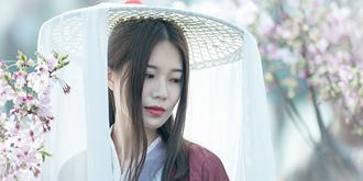樱花节上的春姑娘