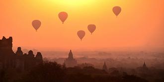 在热气球上说早安