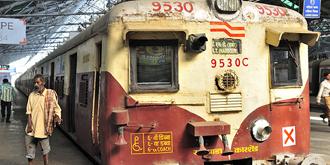 印度火车破旧得能进博物馆