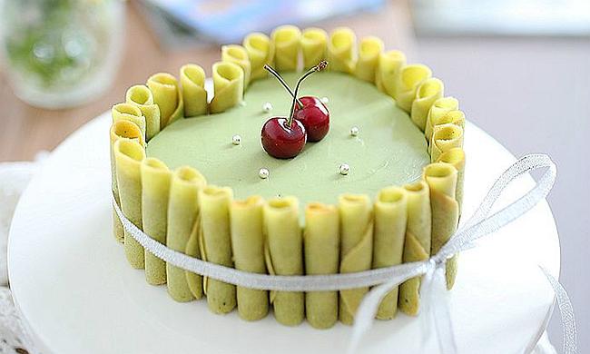 抹茶冻芝士蛋糕:酷暑季里的治愈系