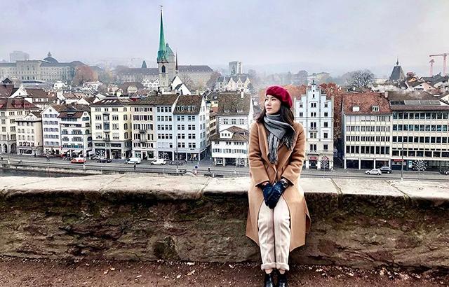 带着妈妈去旅行,瑞士冬天我们这么玩
