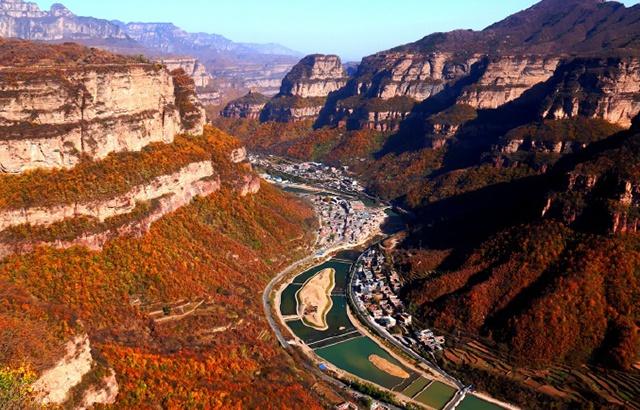 实拍壮美太行大峡谷:壁立千仞,雄奇俊秀