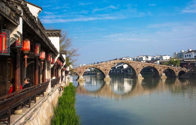 """""""江南名镇""""之首竟在杭州,还不用门票"""