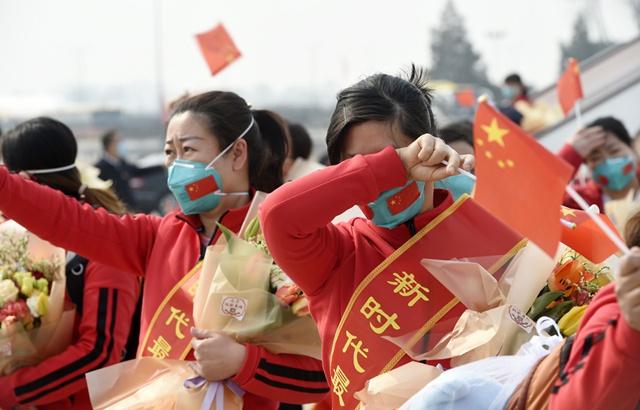 现场直击:北京援鄂医疗队凯旋