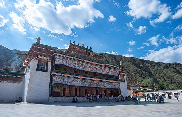 《天下无贼》取景地,世界级的藏学府