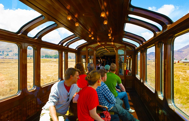 坐南美最奢华火车,看安第斯高原无限风光