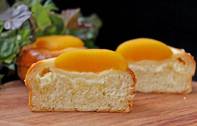 奶酪黄桃包,咬上一口你会立马爱上