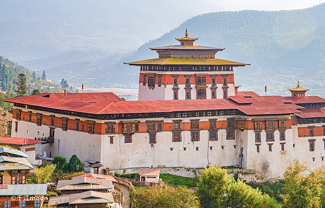 不丹帕罗宗堡:刘嘉玲梁朝伟大婚之地