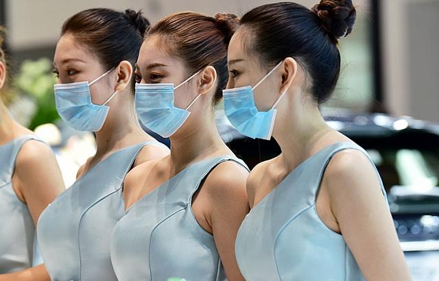 現場直擊:北京車展香車美女云集