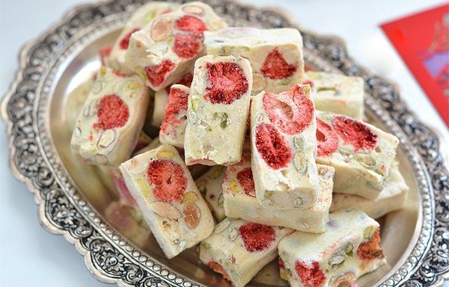 自制網紅草莓牛軋糖,待客小零食不愁了