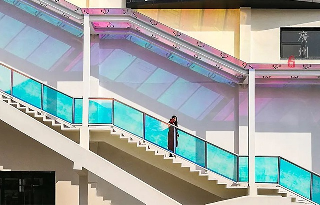 網紅鐳射樓梯,讓你的照片刷爆朋友圈