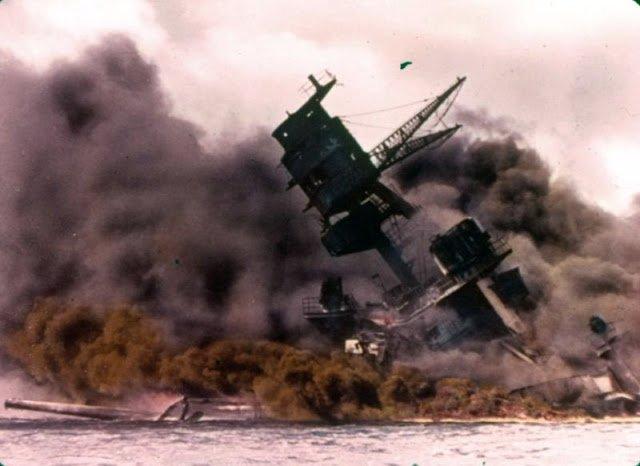 老照片:日军突袭珍珠港