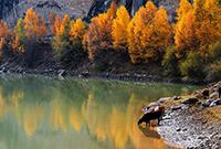 祁连山中的仙米峡谷