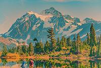 美国贝克雪山如画风光