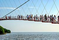 惊险刺激的通天桥