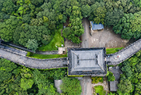 这里古城墙有1700年历史