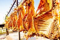 在新疆吃一只烤全羊多少钱