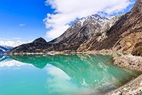 雪域高原上的仙湖