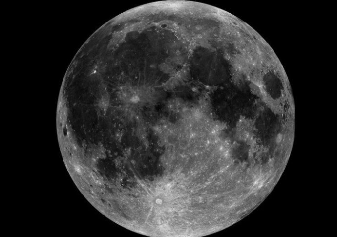 科学家用AI看月球后,却发现这些东西