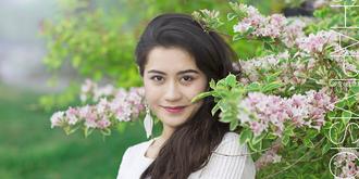 新疆姑娘清纯可人