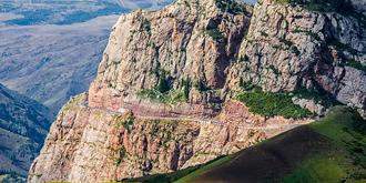 险峻天山有一条绝美公路